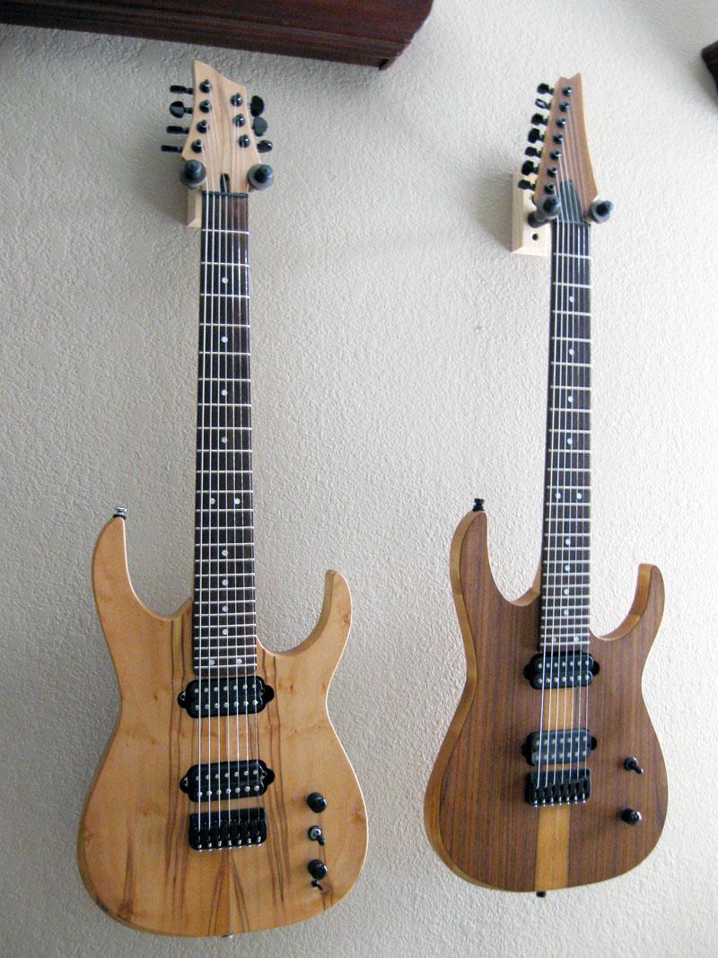 Charmant Färdiga Gitarrer