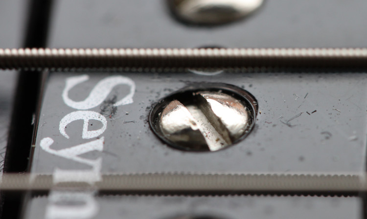 Pickup pole screw extreme closeup